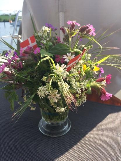 Lasst (selbst gepflückte) Blumen sprechen!