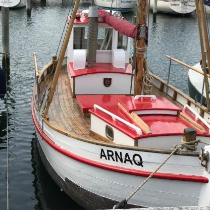 Arnaq