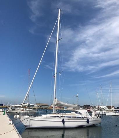 Das elbkind im Hafen von Anholt