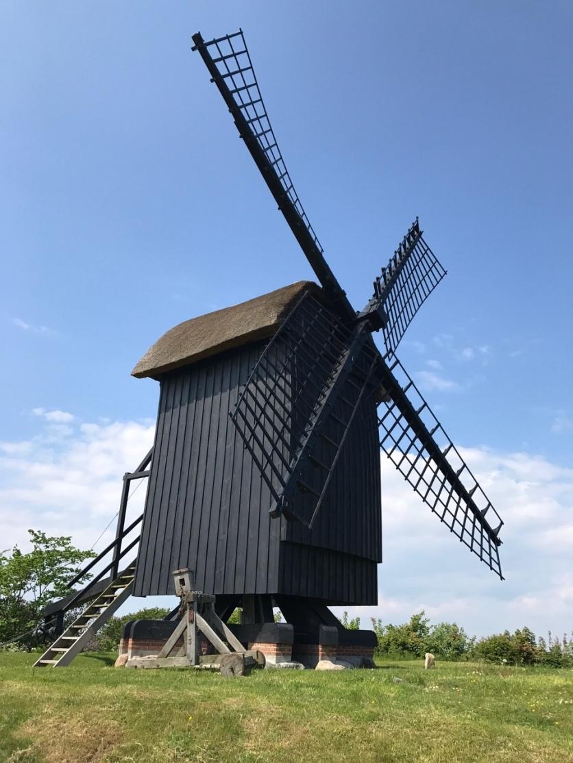 Die Brundby Stubmølle, eine der ältesten Mühlen in Dänemark