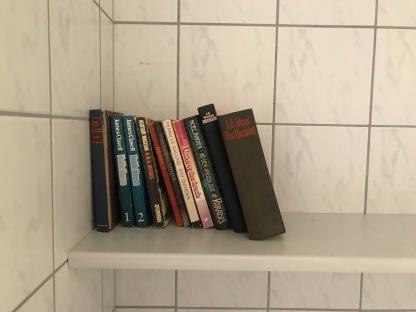 Bücher-Tauschregal